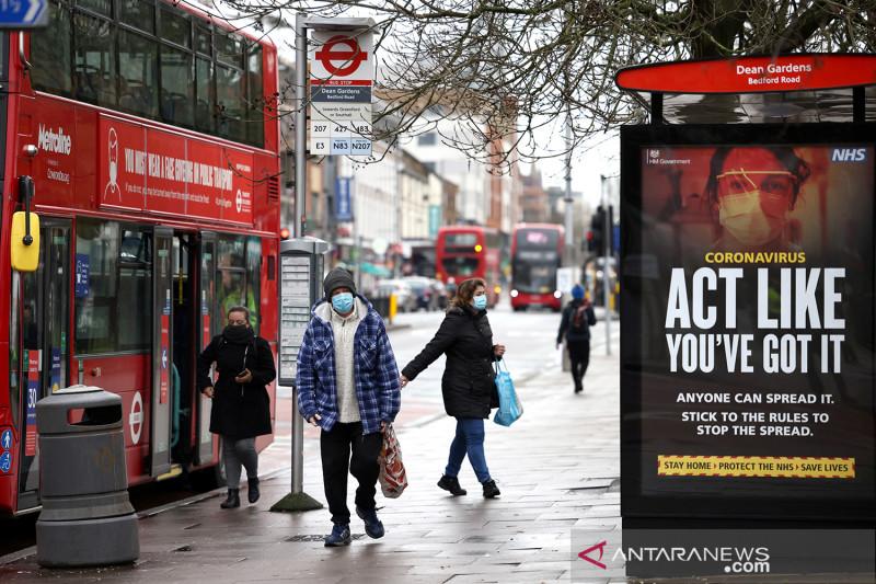 Lebih dari dua juta  orang di Inggris mungkin positif COVID