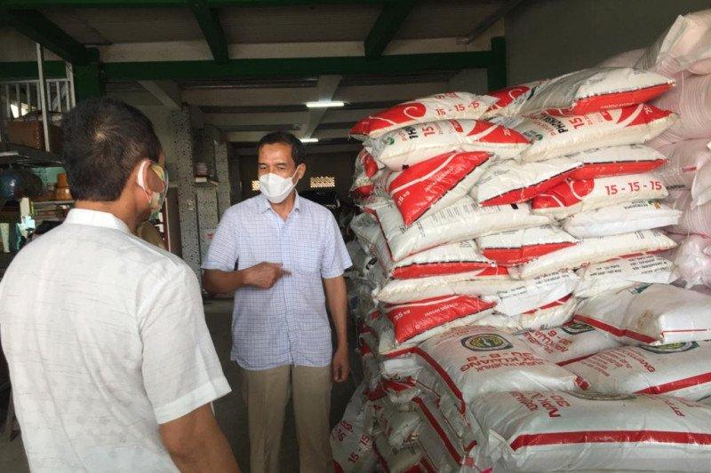 Penjualan pupuk bersubsidi secara paket oleh distributor dan kios. ini penjelasan PT Pupuk Indonesia