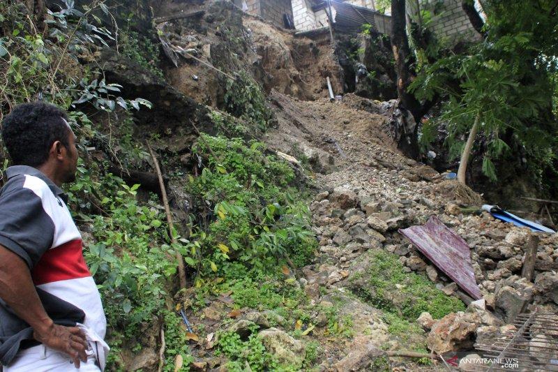 Komisi V DPRD sebut NTT terlambat antisipasi bencana hidrometeorologi
