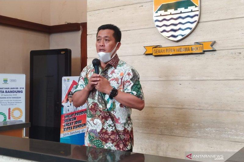 Pengunjung kafe di Bandung disasar tes antigen