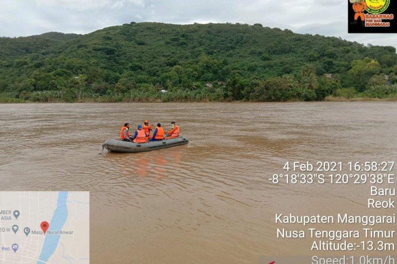 Basarnas Maumere cari korban tengelam di Sungai Wae Pesi, Matim