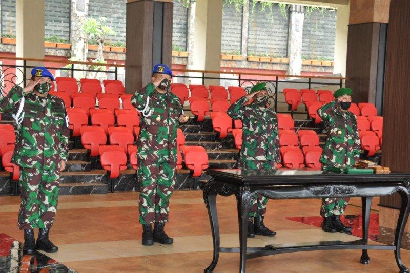 Kasad Jenderal TNI Andika Perkasa pimpin sertijab Koorsahli Kasad dan Danpuspomad