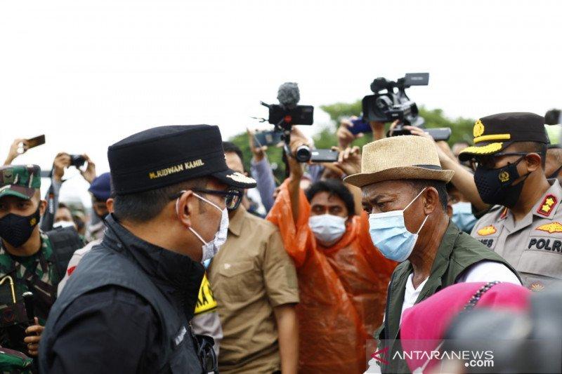 Gubernur Jabar pastikan penanganan banjir harus tetap terapkan prokes