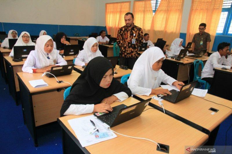 56 ribu guru madrasah di Indonesia belum bergelar S1