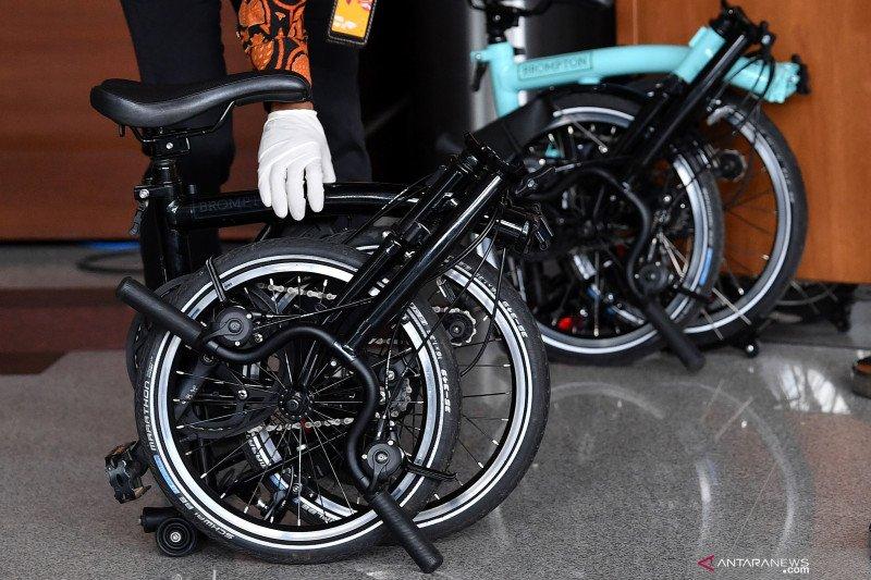 Penyedia barang bansos akui pernah dimintai dua sepeda Brompton