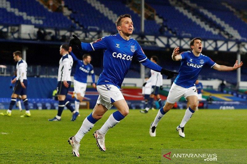 Everton kalahkan Tottenham lewat babak tambahan waktu