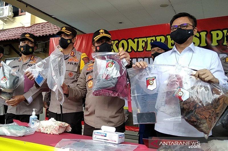Pelaku pembunuhan satu keluarga di Rembang mencoba bunuh diri di penjara