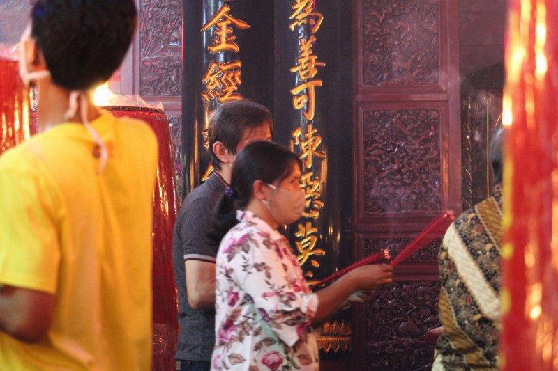 Ibadah Imlek di wihara tertua di Lampung dilakukan terbatas