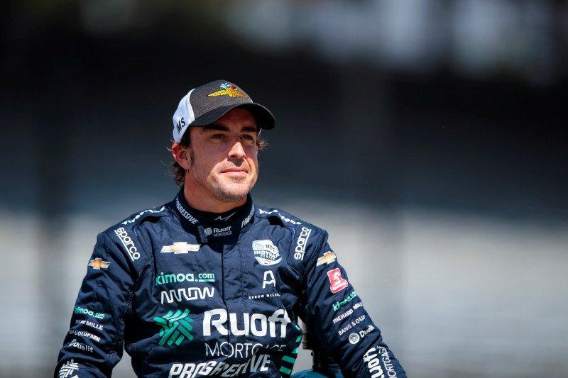 Fernando Alonso dinyatakan fit jalani tes pramusim F1