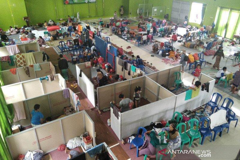 Mulai berkurang, jumlah pengungsi akibat banjir di Kudus