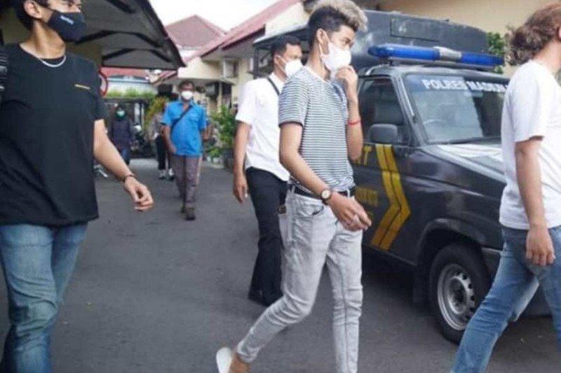 Polisi tetapkan manajer TikTokers dan manajer Kafe I-Club sebagai tersangka.kasus PPKM