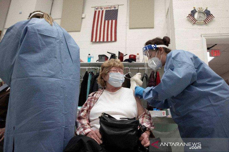 NIH: Tak ada khasiat, AS hentikan uji coba plasma darah COVID