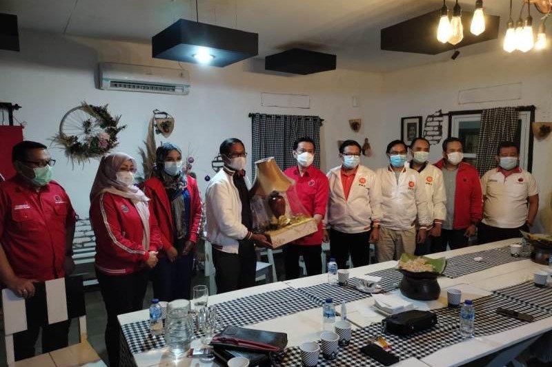 PKS buka komunikasi dengan PDI Perjuangan untuk bangun Kota Depok bersama