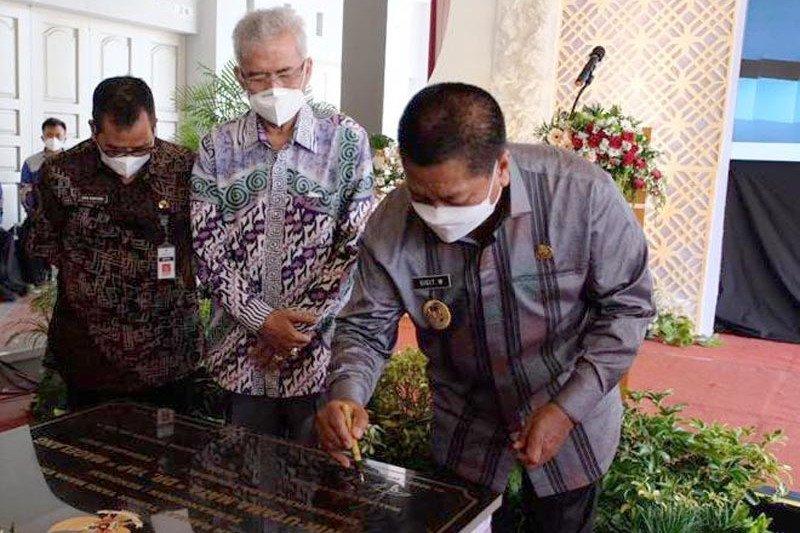 Wali Kota Magelang tandatangani prasasti pembukaan Klinik Mata Dr Yap