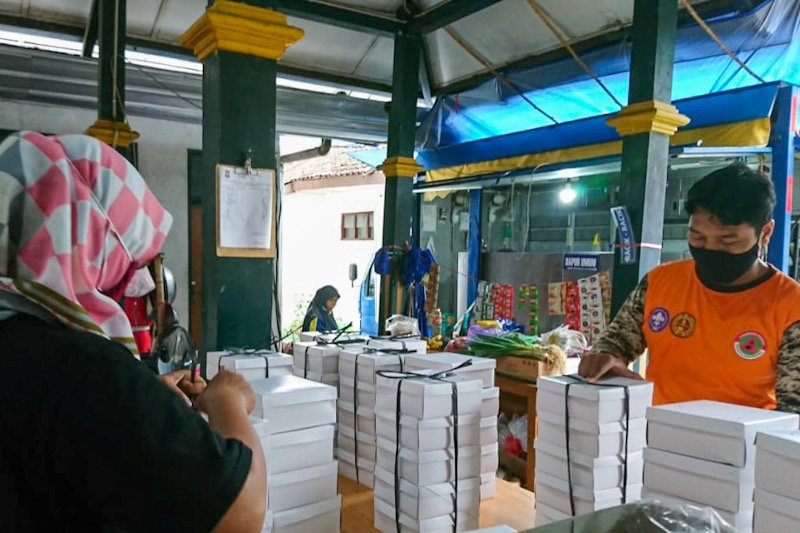 Dinsos Yogyakarta memastikan logistik isolasi mandiri penuhi aturan gizi