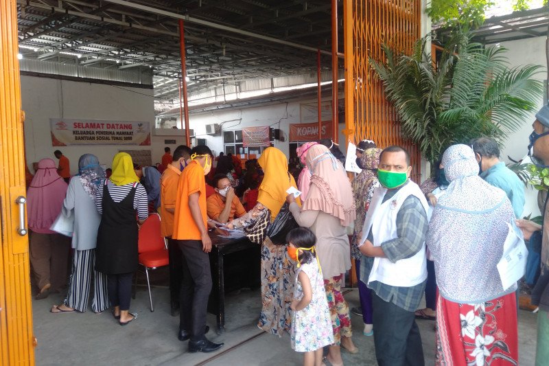 Kantor Pos Baturaja tambah loket  penyaluran dana BST