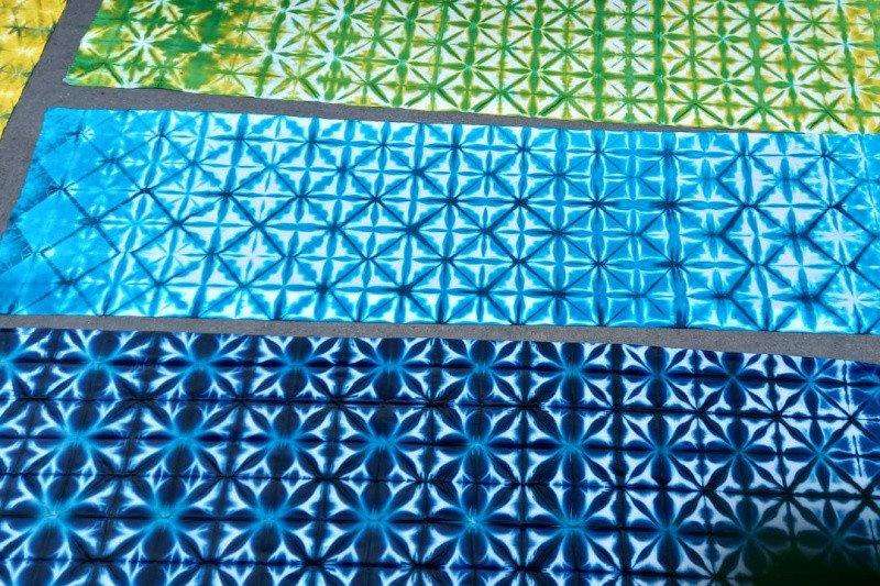 UNS tingkatkan kreativitas wirausaha masyarakat  melalui kain shibori