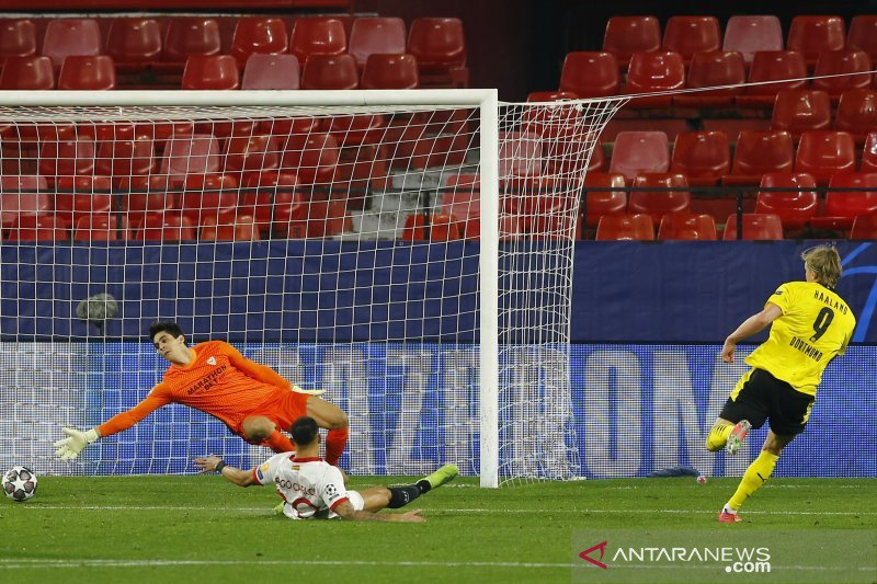 Dua gol Haaland antar Dortmund pecundangi Sevilla 3-2