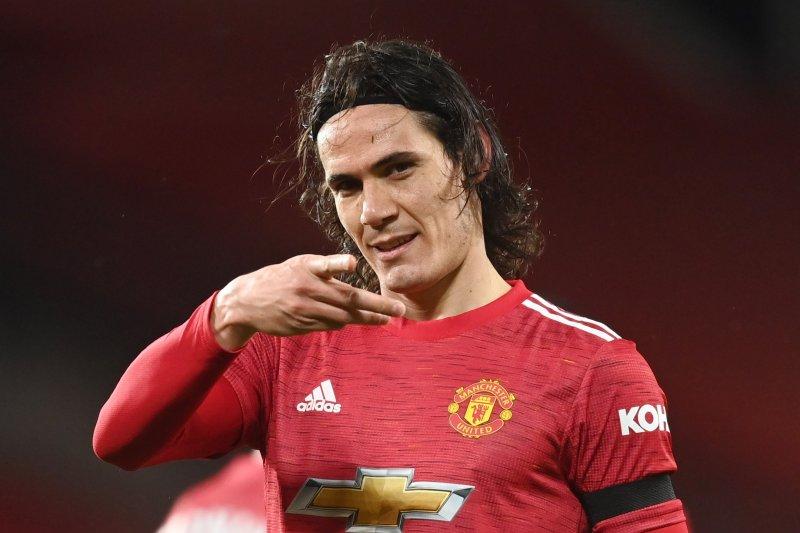 Mantan pemain Manchester United bujuk Cavani  gabung Boca Juniors