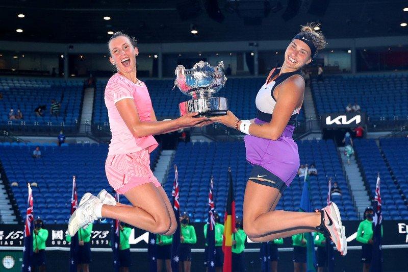 Mertens-Sabalenka juara ganda putri Australian Open