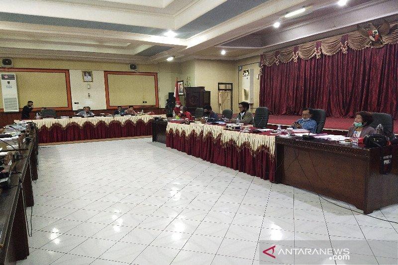 DPRD Bartim terima aduan warga Desa Murutuwu