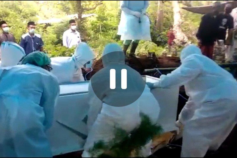 Satu pasien positif COVID-19 di Lombok Tengah meninggal dunia (Video)