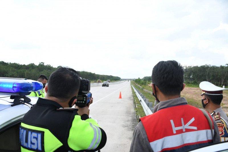 """HK dan PJR Polda Lampung kordinasikan penggunaan """"speed gun"""" untuk pantau kecepatan kendaraan"""