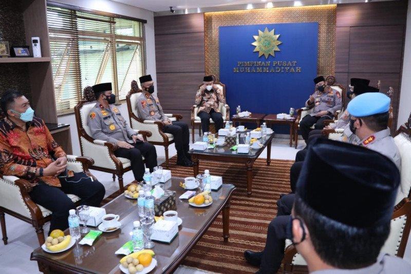 Kapolri silaturahmi ke Haedar Nashir di PP Muhammadiyah Yogyakarta