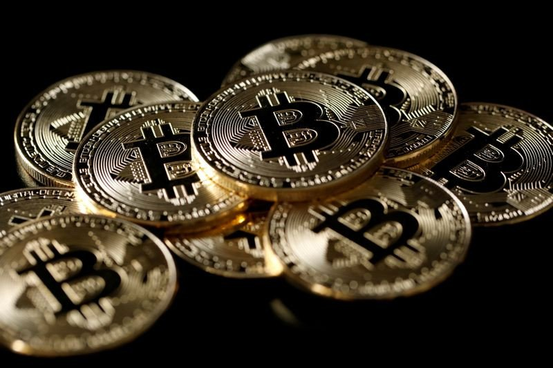 Bitcoin mencapai kapitalisasi 1 triliun dolar, melonjak ke puncak baru