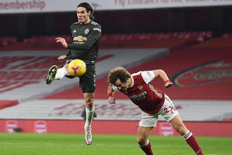 Solskjaer tak terkejut dengan kesuksesan Cavani di musim perdananya