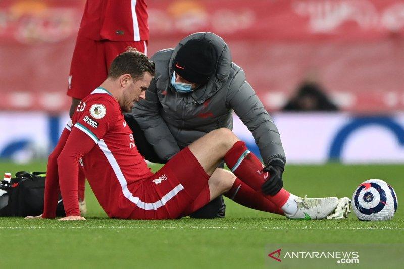 Jordan Henderson cedera, makin perparah krisis Liverpool
