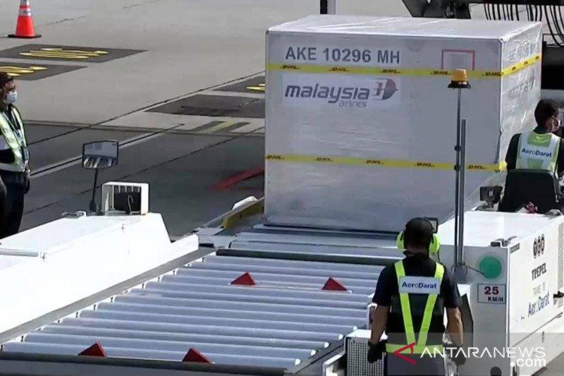Vaksin Pfizer gelombang pertama tiba di Malaysia