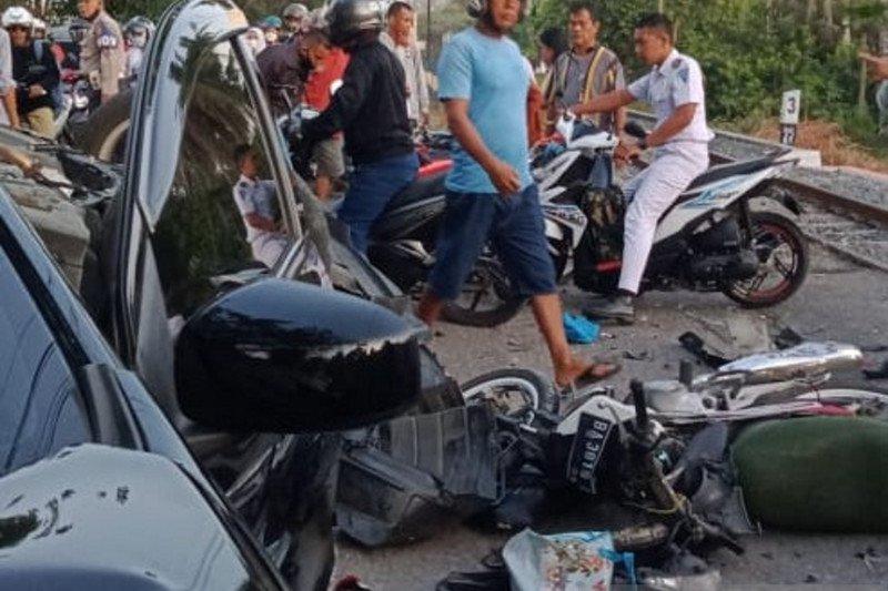 Empat kendaraan terlibat kecelakaan beruntun di Lubuk Buaya, Padang