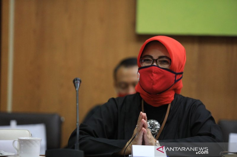 Disdagin Kota Bandung minta pengusaha disiplin aturan guna pulihkan ekonomi
