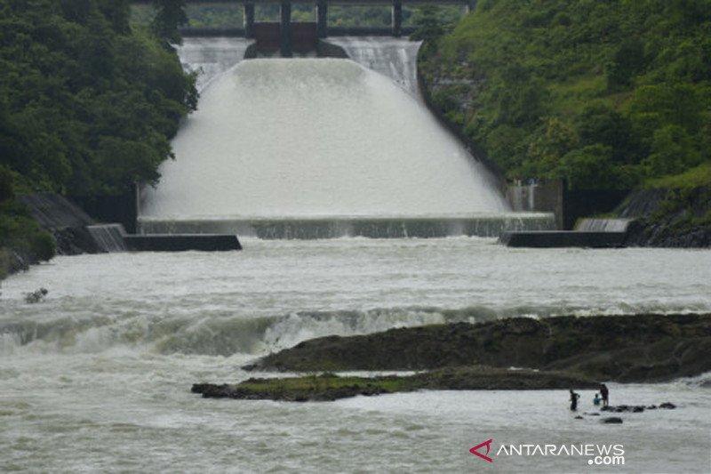 Volume ketinggian air bendungan Bili-bili Gowa