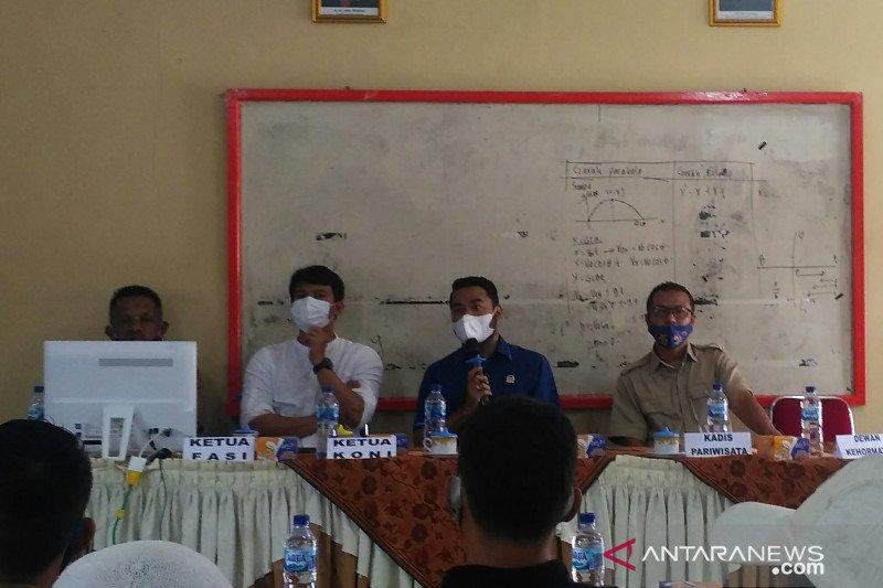 Paralayang, paramotor dan gantole jadi ekstrakurikuler SMA 6 Solok Selatan