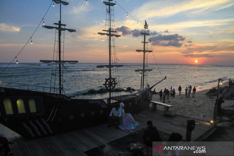 Wisata Pantai Aceh Bangkitkan Asa Di Tengah Pandemi Antara News