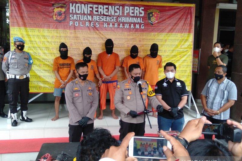 Polisi Karawang ringkus lima tersangka spesialis pembobol minimarket