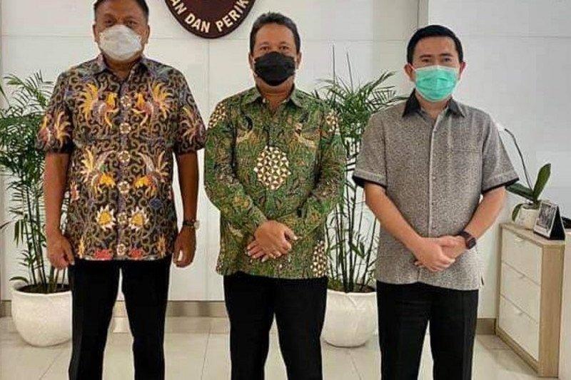 Gubernur Sulut bersama Menteri Kelautan dan Perikanan bahas sektor unggulan