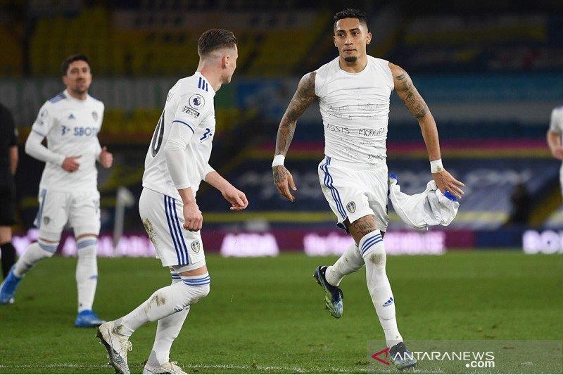 Liga Inggris-Leeds kembali ke jalur kemenangan setelah cukur Southampton 3-0