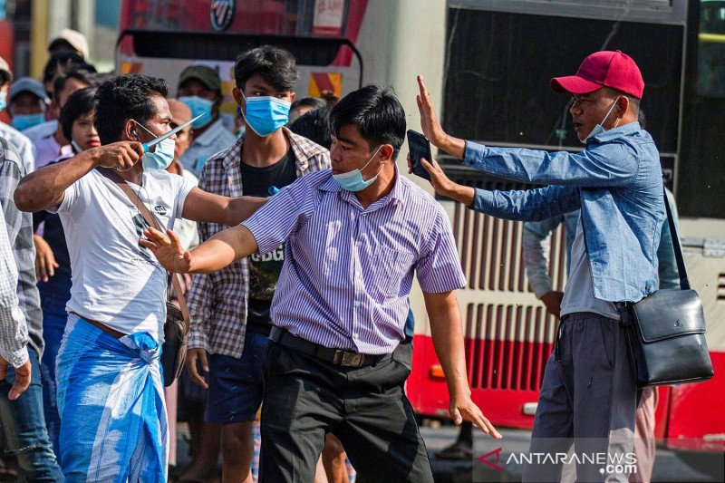 AS blokir kementerian pertahanan Myanmar, bisnis militer untuk berdagang