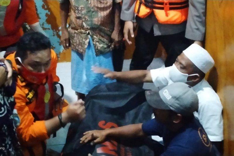 Mantan kades Batu Tering Sumbawa ditemukan meninggal setelah terseret banjir