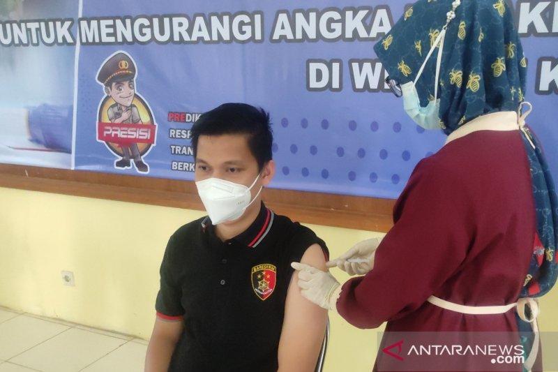 Dinkes Cianjur berikan vaksin bagi seribuan pegawai publik