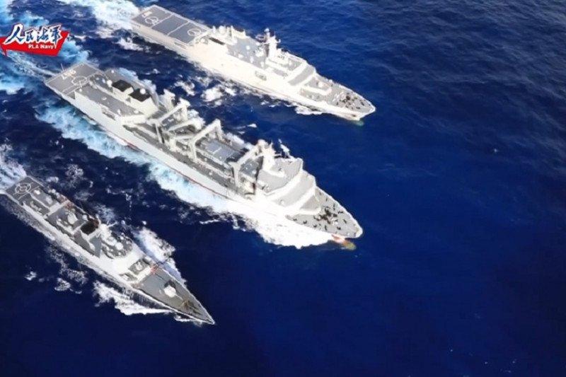 Armada China lintasi khatulistiwa, pesawat pengebom berlatih di LCS