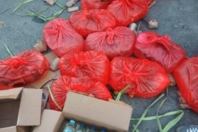 Polres Sangihe amankan ratusan liter miras dan Sianida