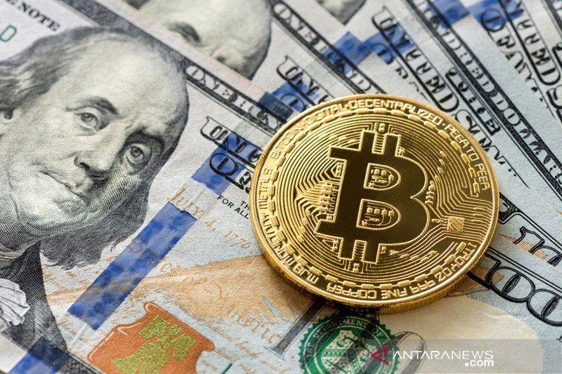Harga Bitcoin naik kembali capai Rp570 juta