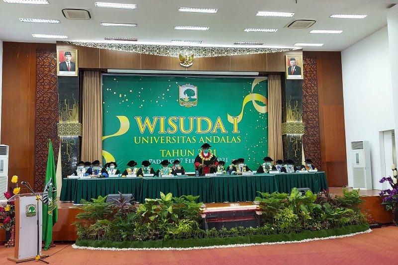 Unand kembali gelar wisuda daring, luluskan 1.781 mahasiswa