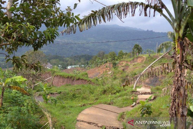 Cianjur segera relokasi 800 kepala keluarga terdampak pergerakan tanah