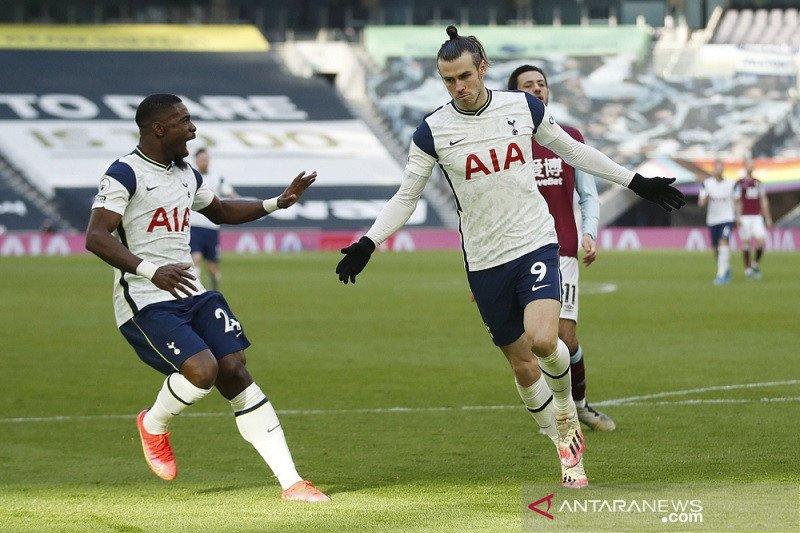 Gareth Bale tampil gemilang saat Tottenham cukur Burnley 4-0