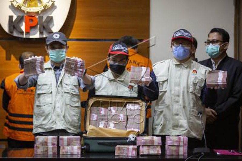 Jumpa pers:  OTT di Makassar yang berujung penangkapan Gubernur Sulsel